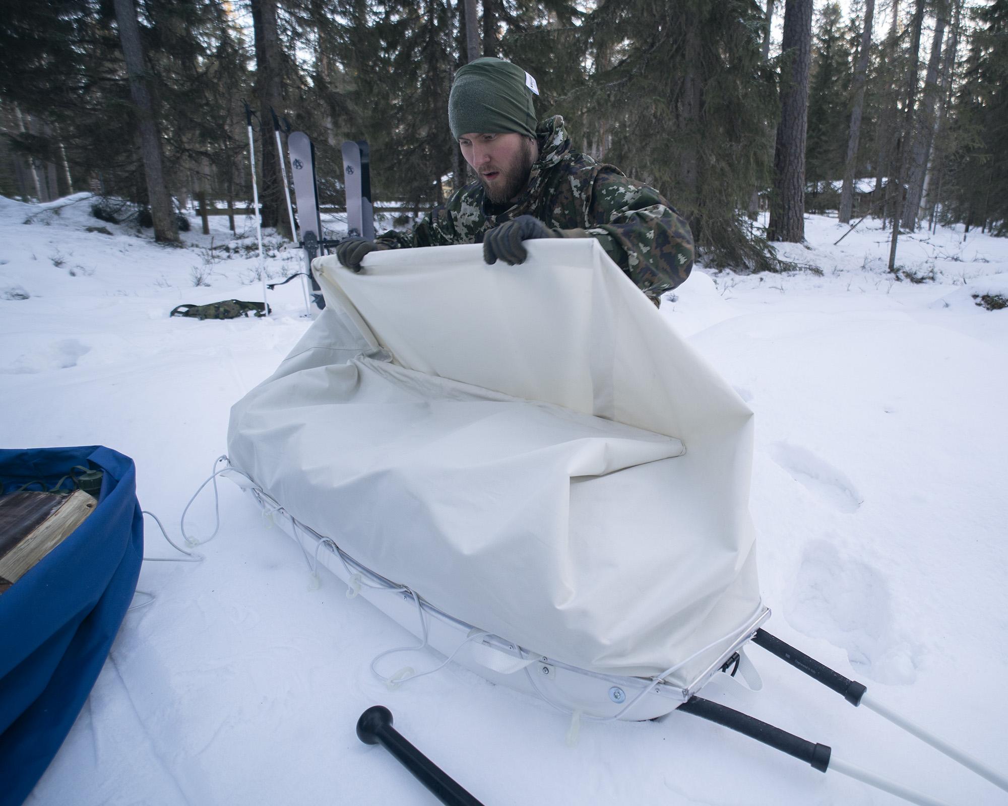 SAVOTTA Vojaške transportne sanke Border Ahkio finskih obrambnih sil, SAVOTTA, B33 army shop, army shop, B33-Tactical, opremljen.si, B33, Trgovina z vojaško opremo, vojaška trgovina